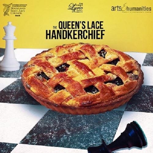 A pie on a chessboard with two chess pieces in the background